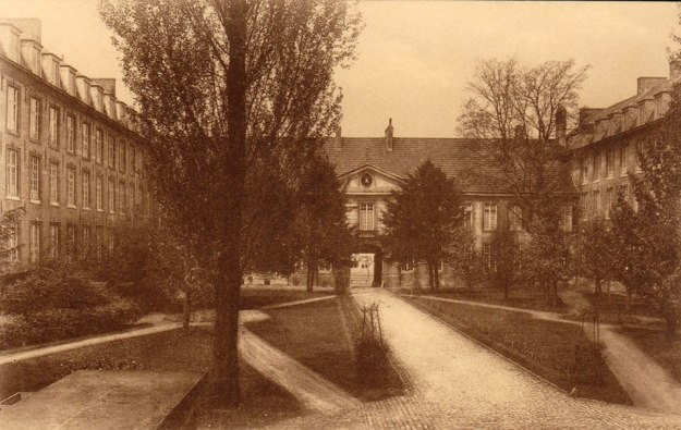 pauscollege-met-binnentuin
